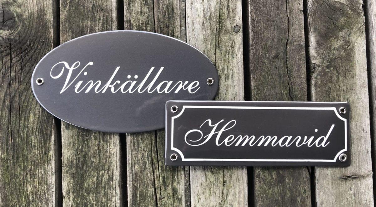 Skillinge emalj - grå namnskyltar- emaljskylt