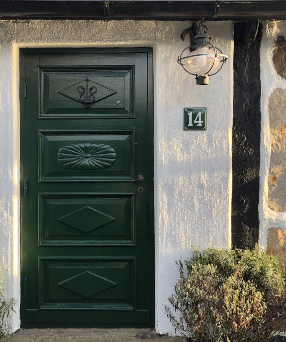 Skillinge Emalj - grön husnummerskylt